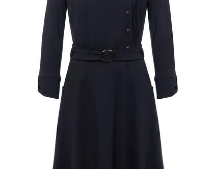 שמלה חורפית בצבע כחול כהה עם חגורה במותן (זואי)