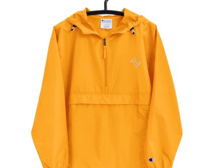 מעיל גשם צהוב חרדל מקולקציית MULI X CHAMPION | מעיל רוח צהוב | ג׳קט צהוב