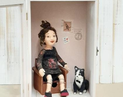 בובה לאספנים | בובה לעיצוב חדר | בובת צמר | בובת לבד |