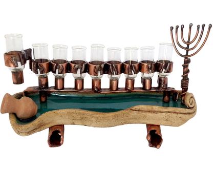 חנוכית שמן קנים מזכוכית ונחושת בסיס קרמיקה חנוכיה עתיקה בעבודת יד