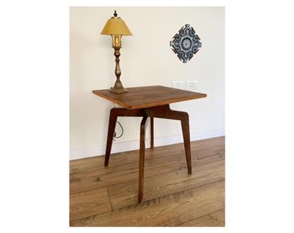 שולחן צד מעוצב
