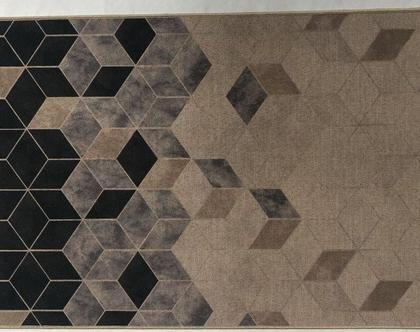שטיח פאלאס מעויינים