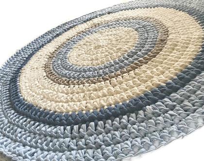 שטיח לחדר ילדים תכלת ולבן, שטיח עגול סרוג | שטיח עגול ומעוצב, שטיח בצבעים בהירים ורכים לחדר ילדים | שטיחים