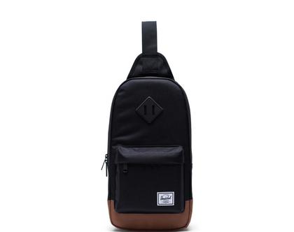 תיק גב/צד הרשל בצבע שחור Heritage Shoulder Bag black Herschel