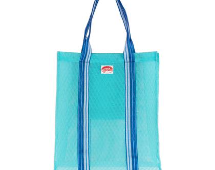 תיק קניות רשת פלסטיק פסים כחול KITSCH KITCHEN | SOFI]]