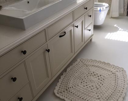 שטיח מלבני מהמם וייחודי סרוג בעבודת יד מחוטי טריקו בצבע לבן | שטיחים סרוגים בחוטי טריקו בעבודת יד לחדרי שינה או אמבטיה