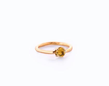 טבעת ספיר צהוב