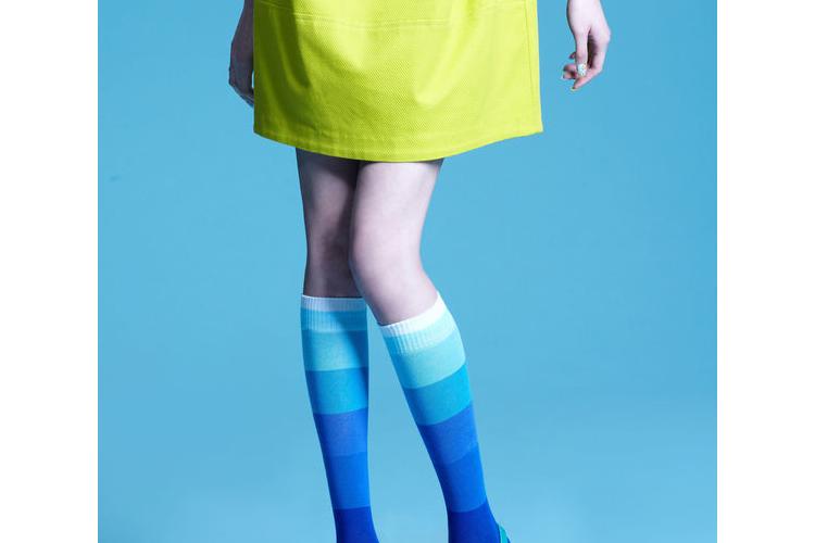 מגוון גרביים איכותיות מעוצבות במבצע של 3+1