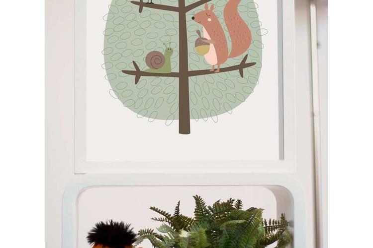 תמונה גדולה ממוסגרת | תמונה לחדר ילדים | חיות על עץ