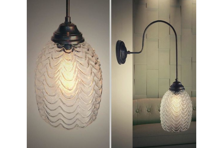 (נבו) - מנורת קיר זרוע ארוכה מפליז מושחר, אהיל זכוכית וינטג' תבליט גלים,מנורות לבית,גופי תאורה לבית