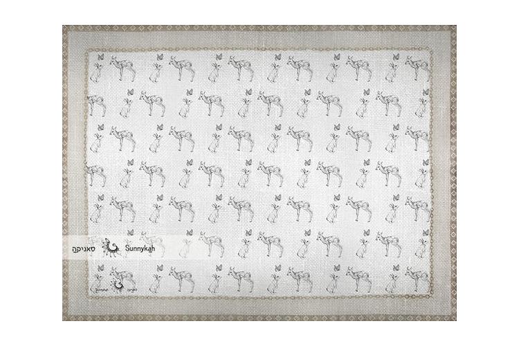 """שטיח ויניל מעוצב - גודל 80/60 ס""""מ I שטיח מאוייר I איילים ארנבים ופרפרים"""