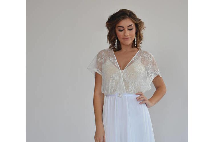 שמלת כלה רומנטית חולצת תחרה