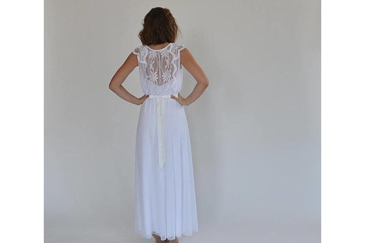 שמלת כלה רומנטית חלק עליון תחרה