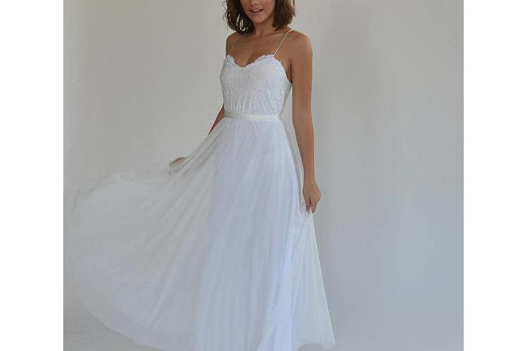 שמלת כלה בוהו שיק תחרה