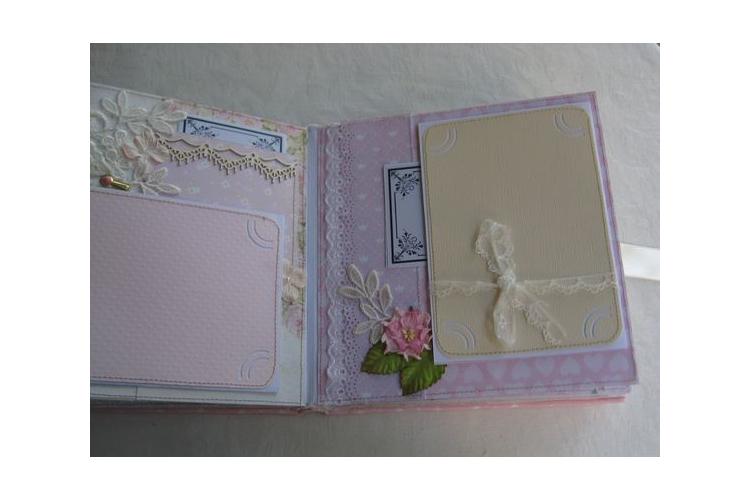 אלבום לנסיכה קטנה / אלבום לתינוקת דגם נסיכה / אלבום שנה ראשונה