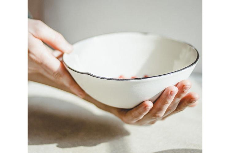 צלחת קטנה, צלחת הגשה, צלחת לעוגה, צלחות פורצלן, כלי מטבח איכותיים, צלחות מעוצבות, צלחות קרמיקה, מתנה לחג