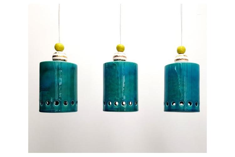 3 מנורות גליל מקרמיקה בטורקיז עם עיטור זהב וירקרק