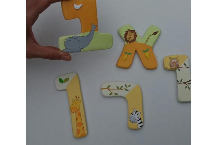 אותיות לחדר ילדים בעיצוב חיות הג'ונגל