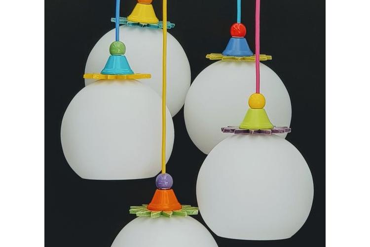 כדור זכוכית חלבית מסדרת הליצנים, במגוון אינסופי של שילובים ובמחיר סביר