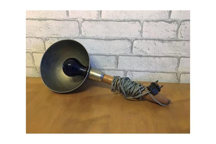 נמכר - מנורת ריפוי כחולה של פעם