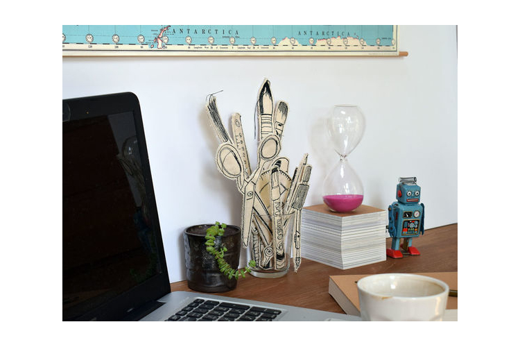 סט בהרכבה-כלי כתיבה תפורים בעבודת יד. קישוט מיוחד לשולחן הכתיבה,מתנה מקורית.החל מ-119 שח.