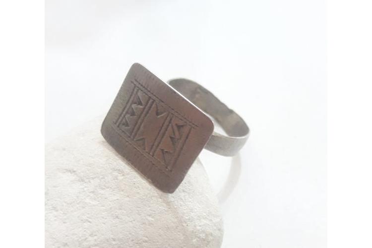 טבעת חותם גדולה