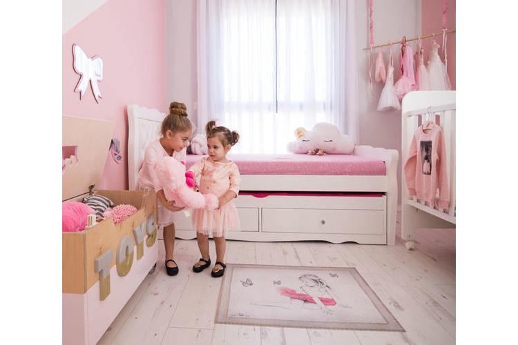 שטיח פי וי סי מעוצב,שטיח ויניל ,שטיח לינולאום, שטיח לחדר ילדים דגם בלרינה