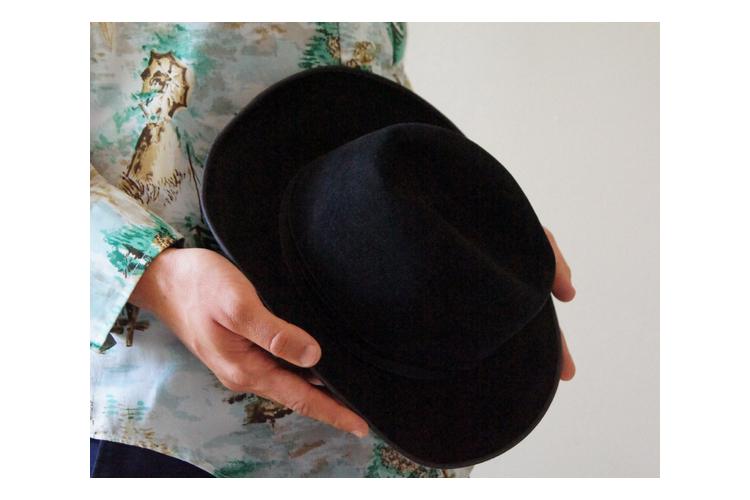 כובע בורסלינו לבד שחור 20% הנחה   כובע איטלקי שחור בורסלינו   כובע וינטג' לבד שחור לגבר
