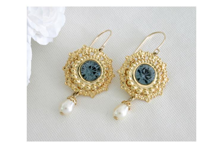 עגילי זהב תחרה, עגילים לשמלה כחולה, עגילים אלגנטיים, מתנה לאישה