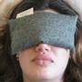 כרית מרגיעה ומרעננת לעיניים ולנפש I כרית עיניים למדיטציה וליוגה I לעיניים עייפות ולעייפות כללית אחרי עבודה במחשב I לטיפול בכאבי ראש I