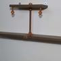 מדף מעוצב ומיוחד, מעץ משולב עם ברזל, בצבע ירוק זית / מדף מעוצב מעץ וברזל, מדפים מעץ