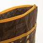 תיק גב טבעוני מעוצב-תוצרת הארץ- חום עם נקודות צהובות