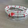 צמיד כסף 925 בעבודת יד עם חרוזים בגדלים שונים ותליון לב אדום