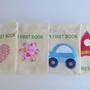 ספר פעילות מונוכרומטי לתינוק מבד, ספר שנה ראשונה, צעצוע בד לתינוק, מתנה ללידה, מתנה ליולדת, מתנה בעבודת יד