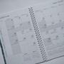יומן שבועי מעוצב אישי עם סימנייה | יומן שבועי תשע״ט עטיפה באפור קראפט, חום או לבן | עיצוב טיפוגרפי