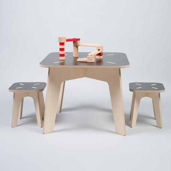 מבריק שולחן וכיסאות לילדים - שחור / שולחן יצירה לילדים / שולחן עץ לילדים HG-17