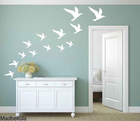 מדבקות קיר שחפים בצבע לבן- ציפורים 37 יחידות.